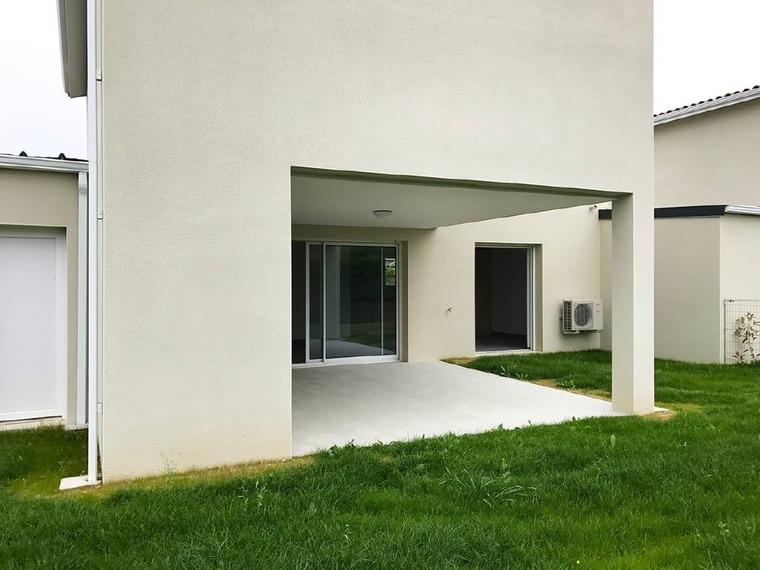Location Maison 4 pièces 90m² Villate (31860) - photo
