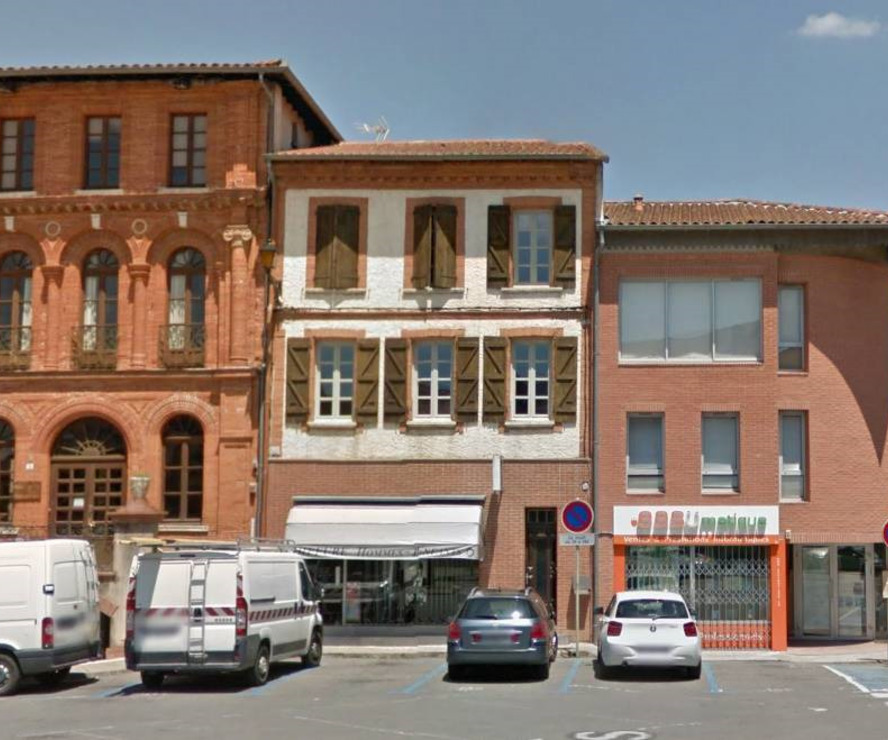 Renting Office 2 rooms 80m² Rieumes (31370) - photo