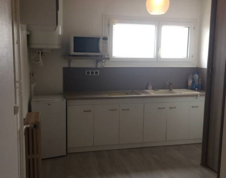 Sale Apartment 2 rooms 47m² Muret (31600) - photo