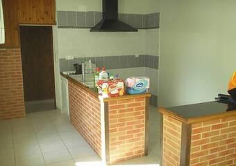 Location Maison 4 pièces 130m² Villate (31860) - photo 2