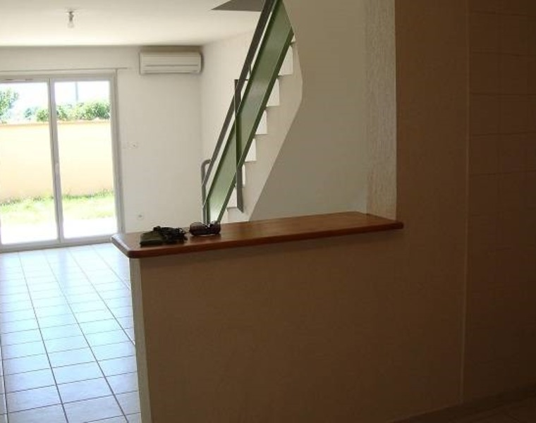 Renting House 3 rooms 62m² Frouzins (31270) - photo