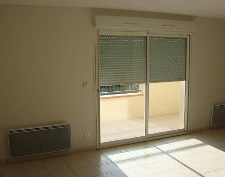 Renting Apartment 3 rooms 75m² Roquettes (31120) - photo
