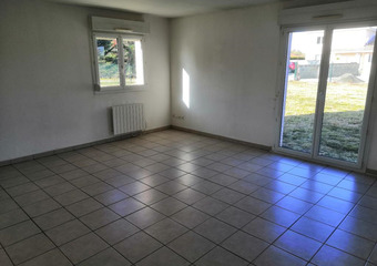 Renting Apartment 4 rooms 74m² Labastidette (31600) - photo 2
