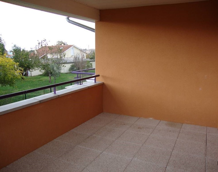 Location Appartement 3 pièces 67m² Frouzins (31270) - photo