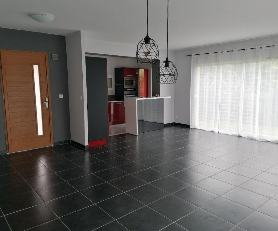 Sale House 5 rooms 129m² Eaunes - photo
