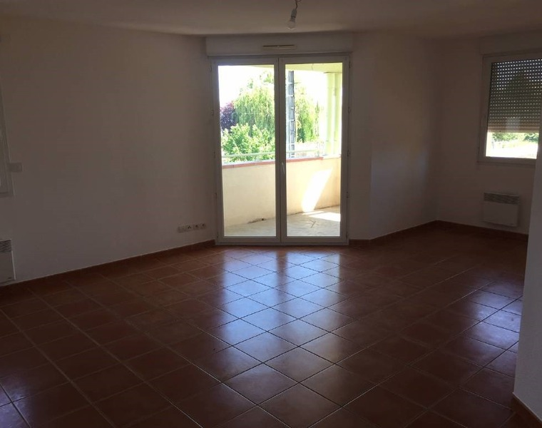 Renting Apartment 3 rooms 52m² Frouzins (31270) - photo