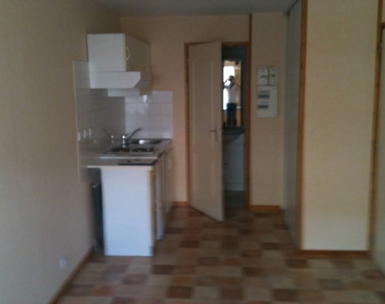 Renting Apartment 1 room 16m² Muret (31600) - photo