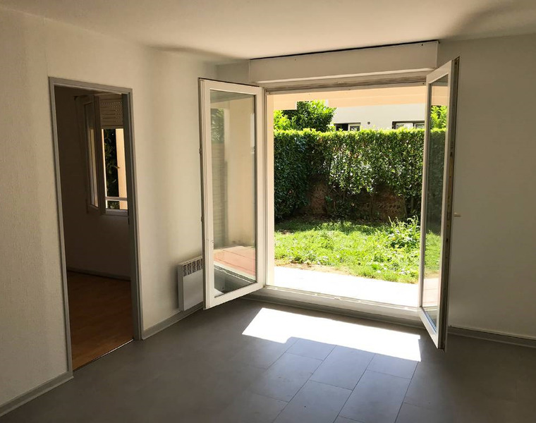 Location Appartement 1 pièce 30m² Muret (31600) - photo