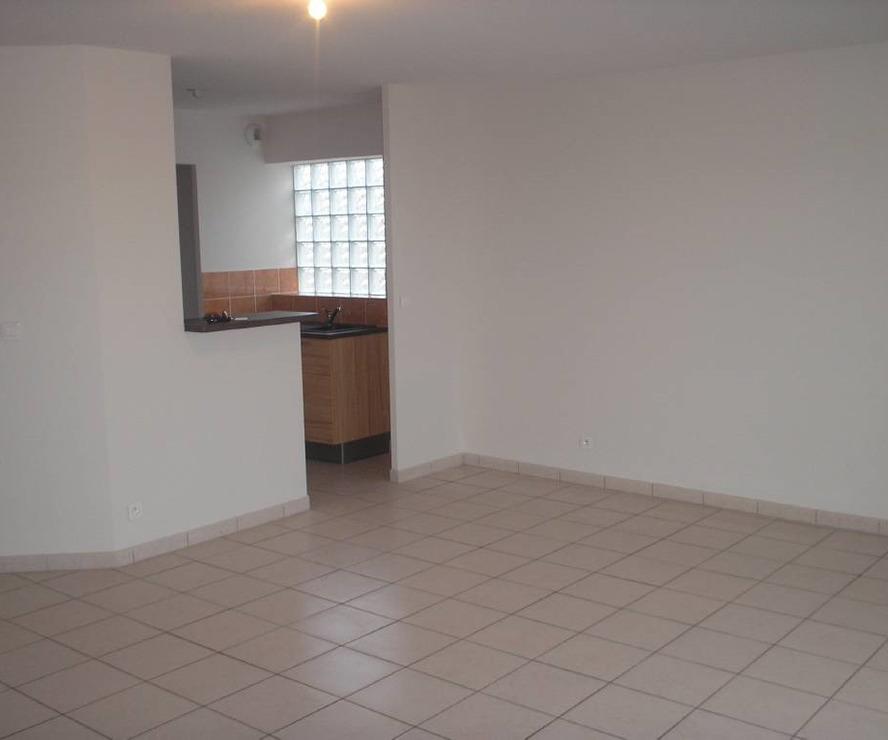 Renting Apartment 3 rooms 72m² Roquettes (31120) - photo