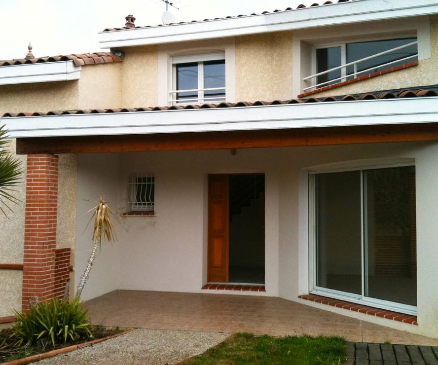 Renting House 6 rooms 200m² Roquettes (31120) - photo
