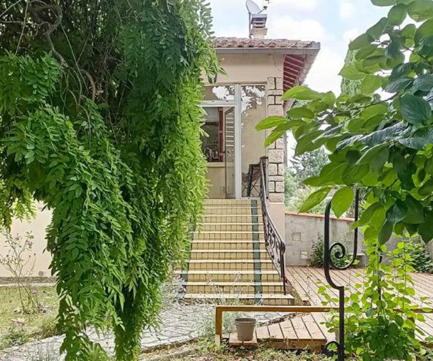 Sale House 5 rooms 105m² Portet-sur-Garonne - photo