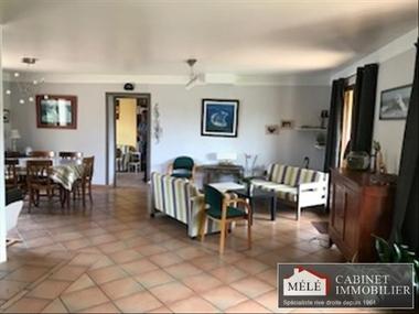 Sale House 8 rooms 175m² Tresses (33370) - photo