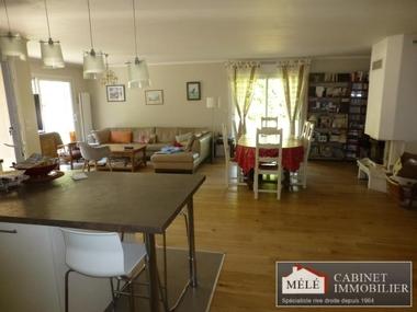 Sale House 5 rooms 135m² Bouliac - photo