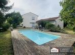 Sale House 6 rooms 170m² Cenon - Photo 2