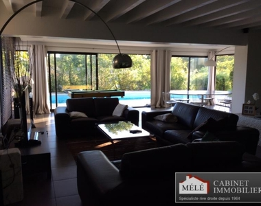 Sale House 6 rooms 215m² Latresne (33360) - photo