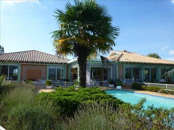 Vente Maison 6 pièces 256m² Carignan-de-Bordeaux (33360) - photo