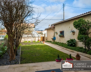 Sale House 5 rooms 110m² Floirac - photo