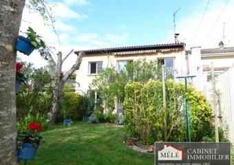 Sale House 6 rooms 157m² Cenon - Photo 1