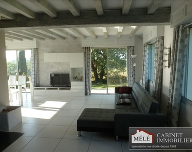 Sale House 6 rooms 206m² Quinsac (33360) - photo