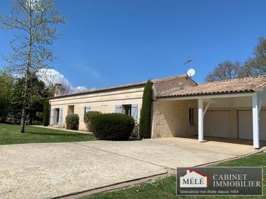 Sale House 6 rooms 168m² Carignan-de-Bordeaux (33360) - photo