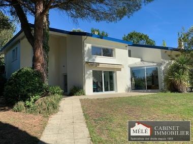 Vente Maison 7 pièces 236m² Bouliac - photo