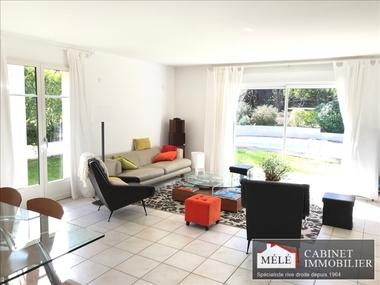 Sale House 6 rooms 185m² Fargues-Saint-Hilaire (33370) - photo