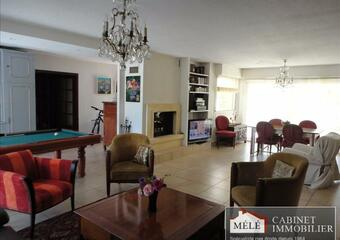Sale House 8 rooms 237m² Carignan-de-Bordeaux (33360) - Photo 1