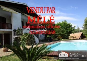 Sale House 7 rooms 195m² Latresne - Photo 1