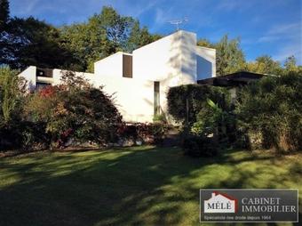 Sale House 6 rooms 215m² Latresne (33360) - Photo 1