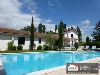 Sale House 7 rooms 223m² Saint-Sulpice-et-Cameyrac (33450) - photo