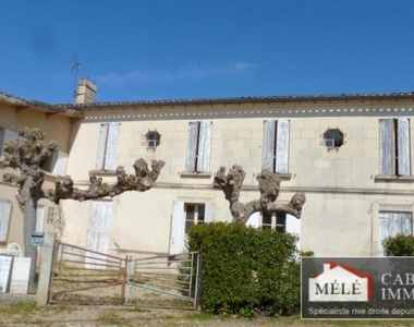 Sale House 8 rooms 224m² Salleboeuf - photo