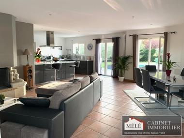 Sale House 5 rooms 127m² Bouliac - photo