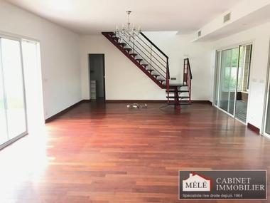 Sale House 6 rooms 188m² Bègles (33130) - photo