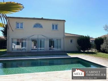 Sale House 5 rooms 132m² Artigues-près-Bordeaux (33370) - photo