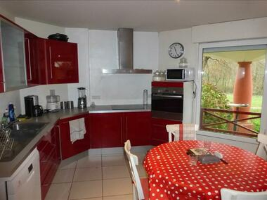 Sale House 6 rooms 233m² Latresne (33360) - photo