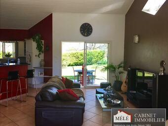 Sale House 5 rooms 135m² Latresne (33360) - photo