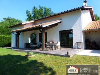 Sale House 6 rooms 180m² Bouliac (33270) - photo