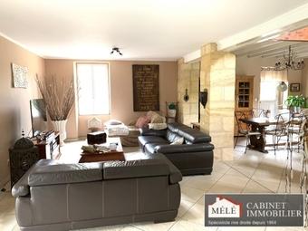 Vente Maison 9 pièces 367m² Latresne (33360) - Photo 1