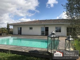 Sale House 7 rooms 170m² Latresne (33360) - Photo 1