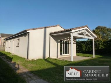 Sale House 4 rooms 90m² Izon (33450) - photo
