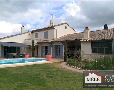 Sale House 6 rooms 263m² Latresne (33360) - photo