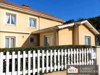 Sale House 5 rooms 110m² Floirac (33270) - photo