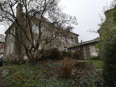 Vente Maison 12 pièces 374m² Merdrignac (22230) - photo