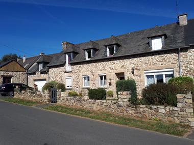 Location Maison 5 pièces 144m² Lanvallay (22100) - photo