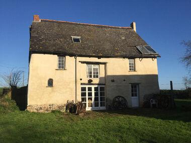 Vente Maison 5 pièces 132m² Sévignac (22250) - photo