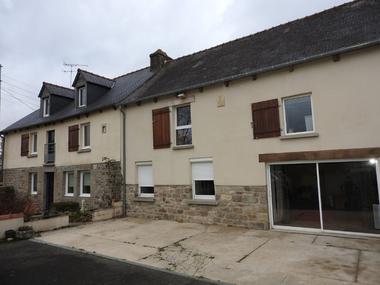 Vente Maison 11 pièces 202m² Merdrignac (22230) - photo