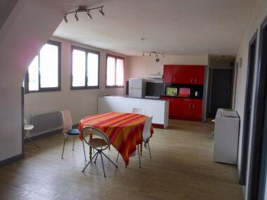 Location Appartement 3 pièces 71m² Plémet (22210) - photo