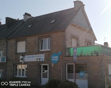 Location Bureaux 5 pièces 83m² Lanvallay (22100) - photo