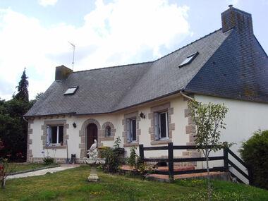 Vente Maison 7 pièces 155m² Saint-Carreuc (22150) - photo