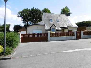 Vente Maison 5 pièces 98m² Plouguenast (22150) - photo